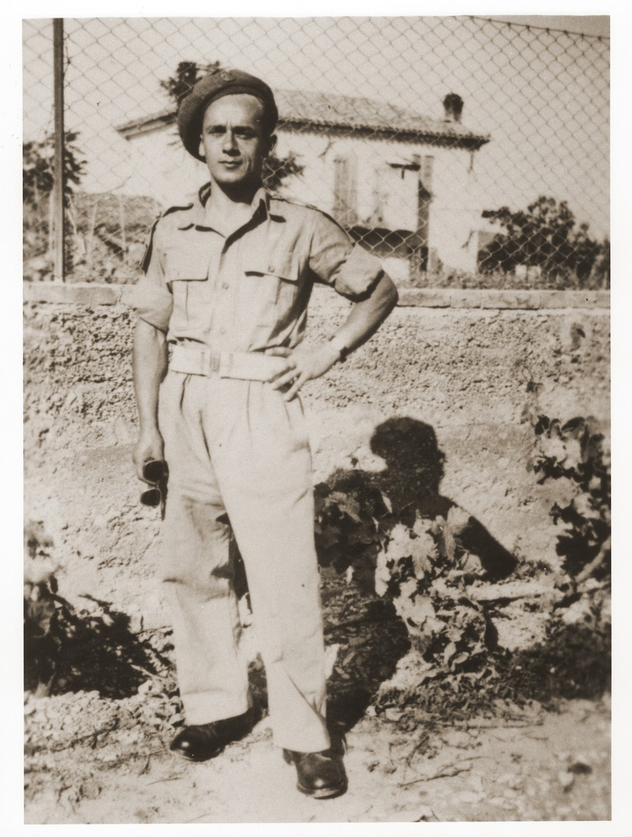 Chaim Lingalka, the donor's cousin, in his British army uniform.  Chaim Lingalka joined the AK under the alias Adam Sarna.  His unit was sent to Italy where it joined forces with the British Army.