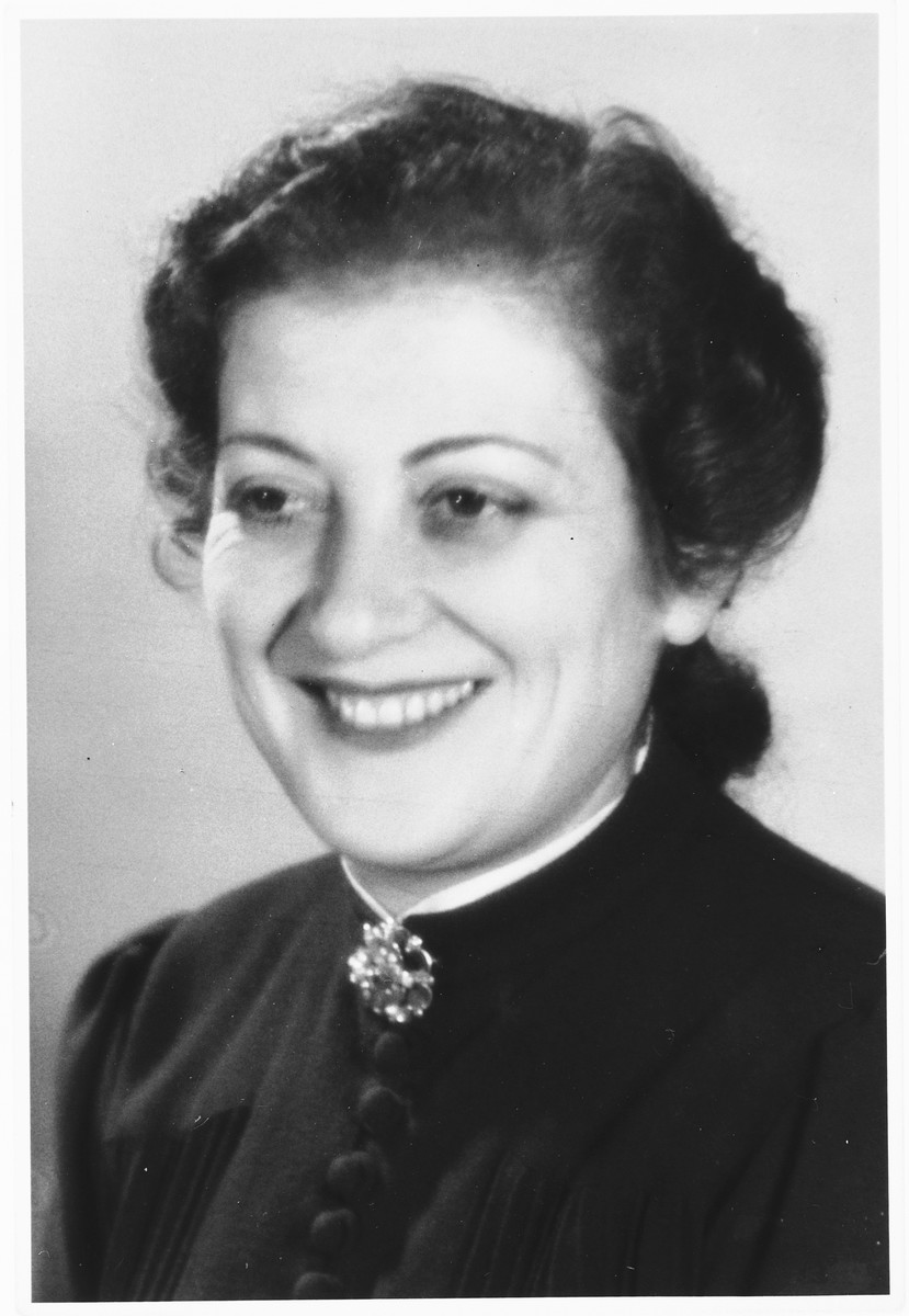 Studio portrait of a Jewish woman living in Brussels during the German occupation taken shortly before she went into hiding.  Pictured is Lea Abramowicz.