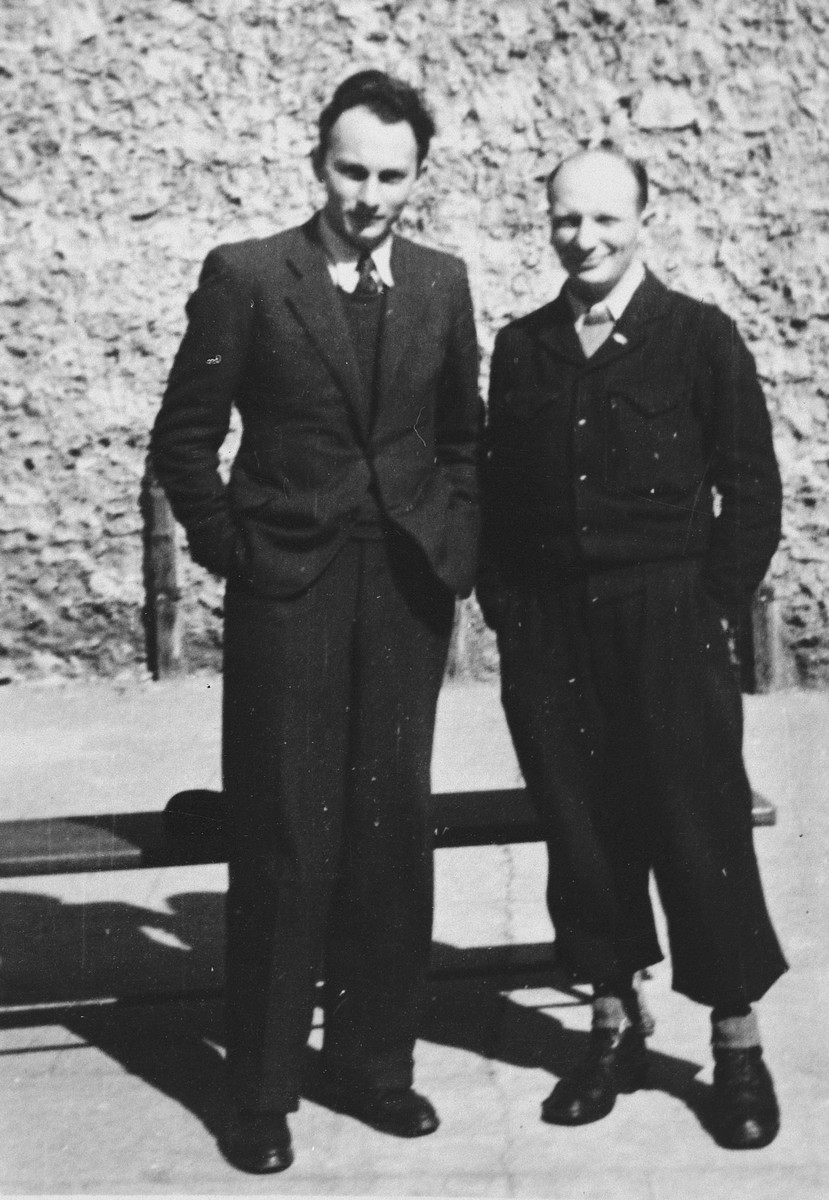 Leaders of two units of the Mouvement de la Jeunesse Sioniste French Zionist underground pose outside.  Pictured are Otto Giniewski (left), leader of the Gdoud de Grenoble, and Elek Mittleman (right), head of the Gdoud de Lyons.