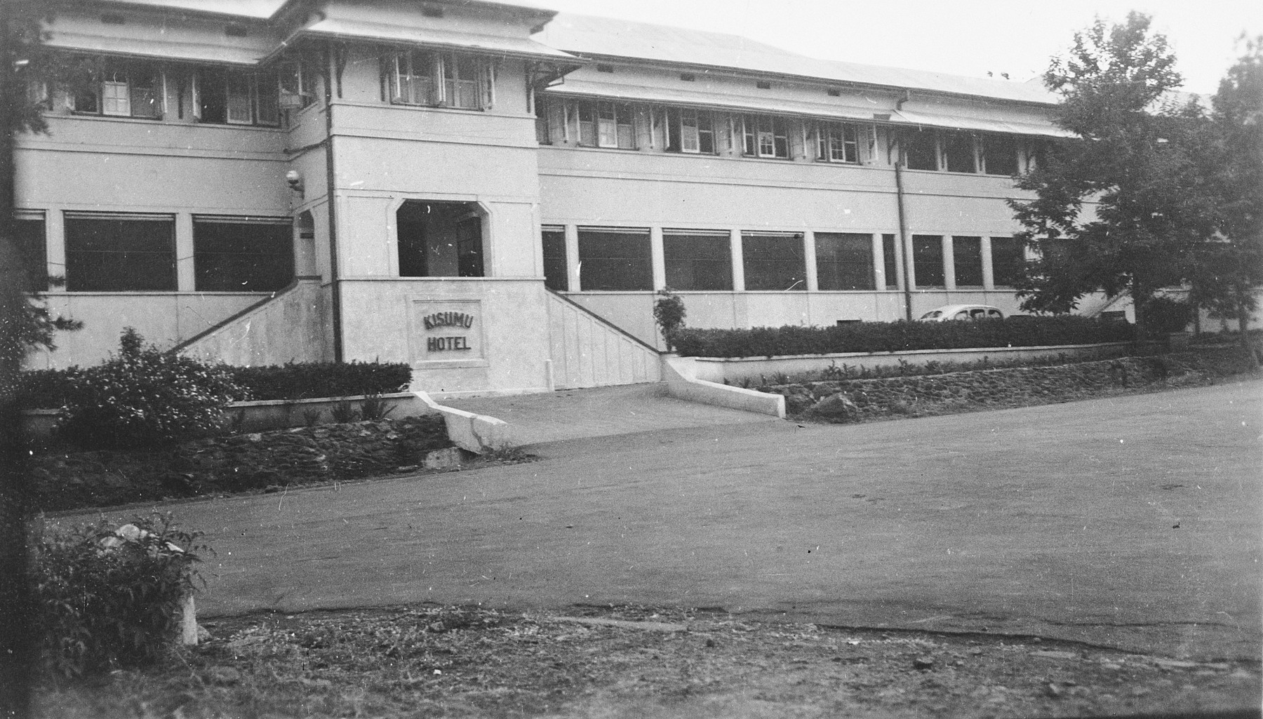 Exterior view of the Kisumu Hotel in Kisumu, Kenya where Jewish refugees Ruth and Heinrich Weyl worked for five years.