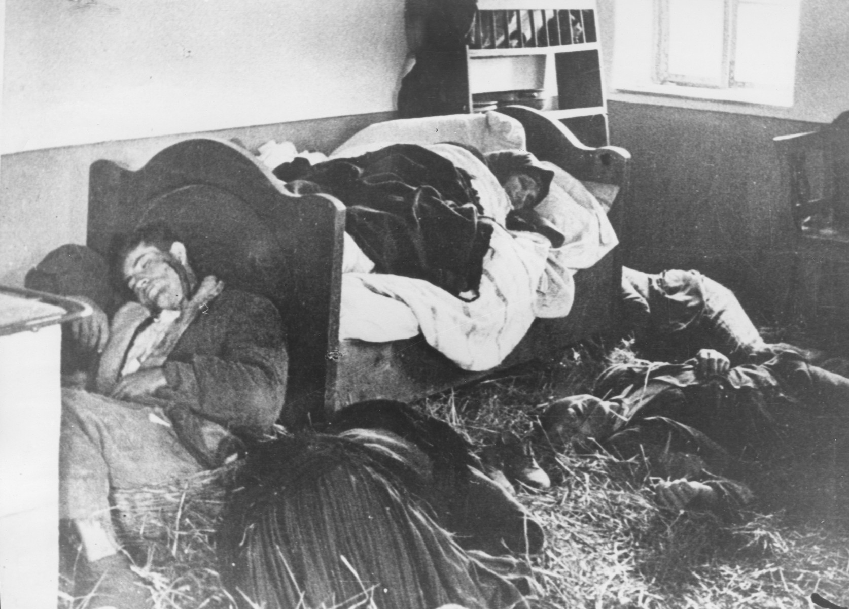 An entire Serbian family lies slaughtered in their home following a raid by the Ustasa militia.