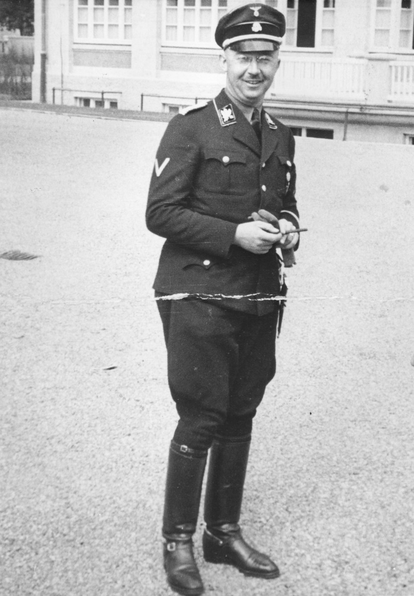 Heinrich Himmler poses outside at the SS officers school in Bad Tolz, Germany.