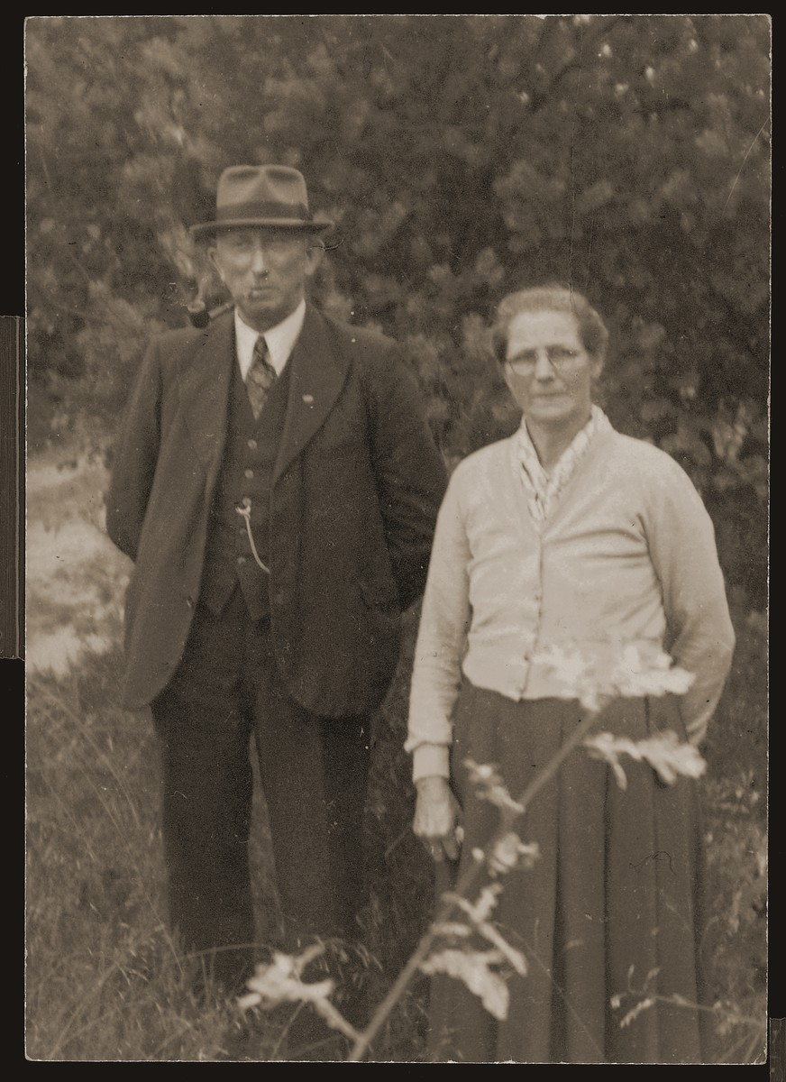 Dirk and Leida Wassink, members of the Dutch Reformed Church who hid Sallie and Zadok Zion in their home on and off for two years.