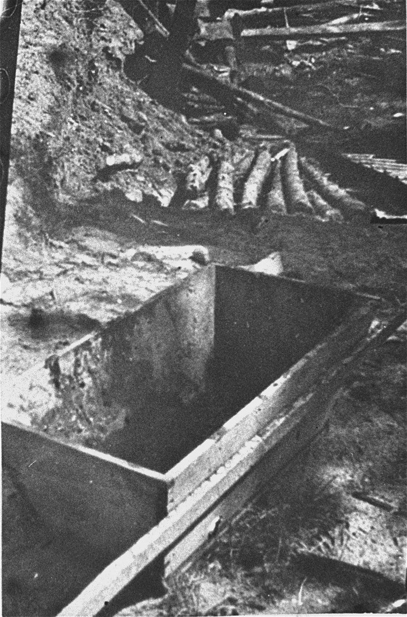 A wheelbarrow at the Maly Trostinets concentration camp used to carry the remains of prisoners after their cremation.