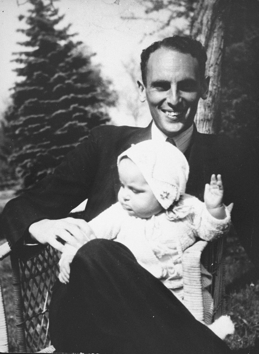 Freddie Polak with his daughter Erica, 1944.   Marion Pritchard hid Freddie Polak and his three children from 1942 until the end of the war. Erica is a psychologist and lives in Amsterdam.