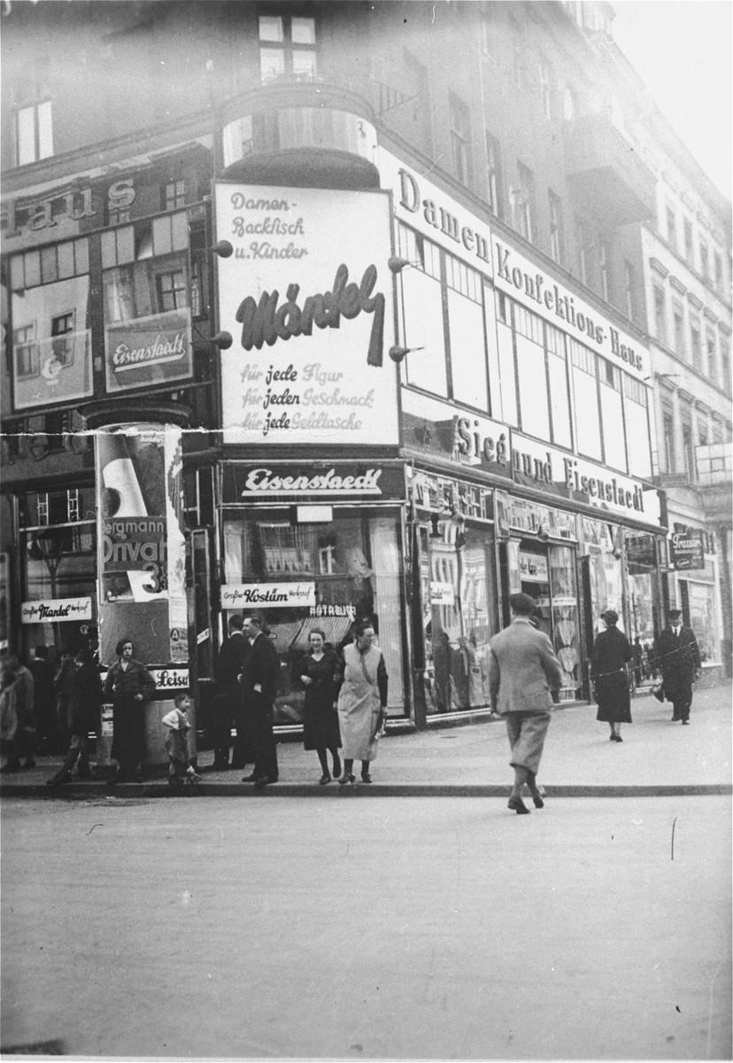 View of the Siegmund Eisenstaedt women's clothing store in Berlin, owned by the German-Jewish businessman Artur Eisenstaedt.