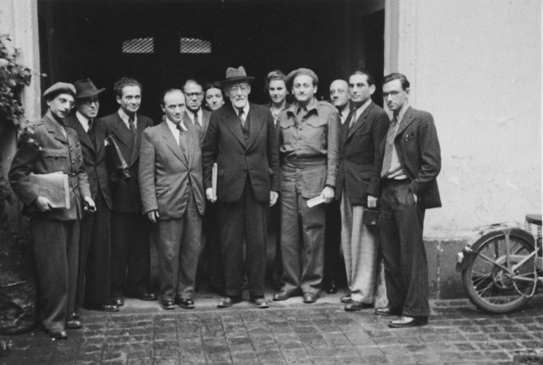 Rabbi Leo Baeck poses with a group of Jewish leaders during his three week visit to Germany in the fall of 1948.