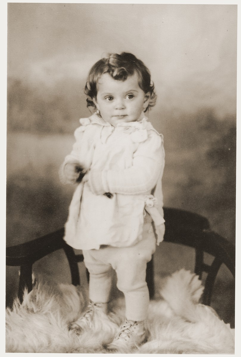 Studio portrait of Nili Ruchana Miedzinski, the first baby born in the Kibbutz Nili hachshara (Zionist collective) in Pleikershof, Germany.
