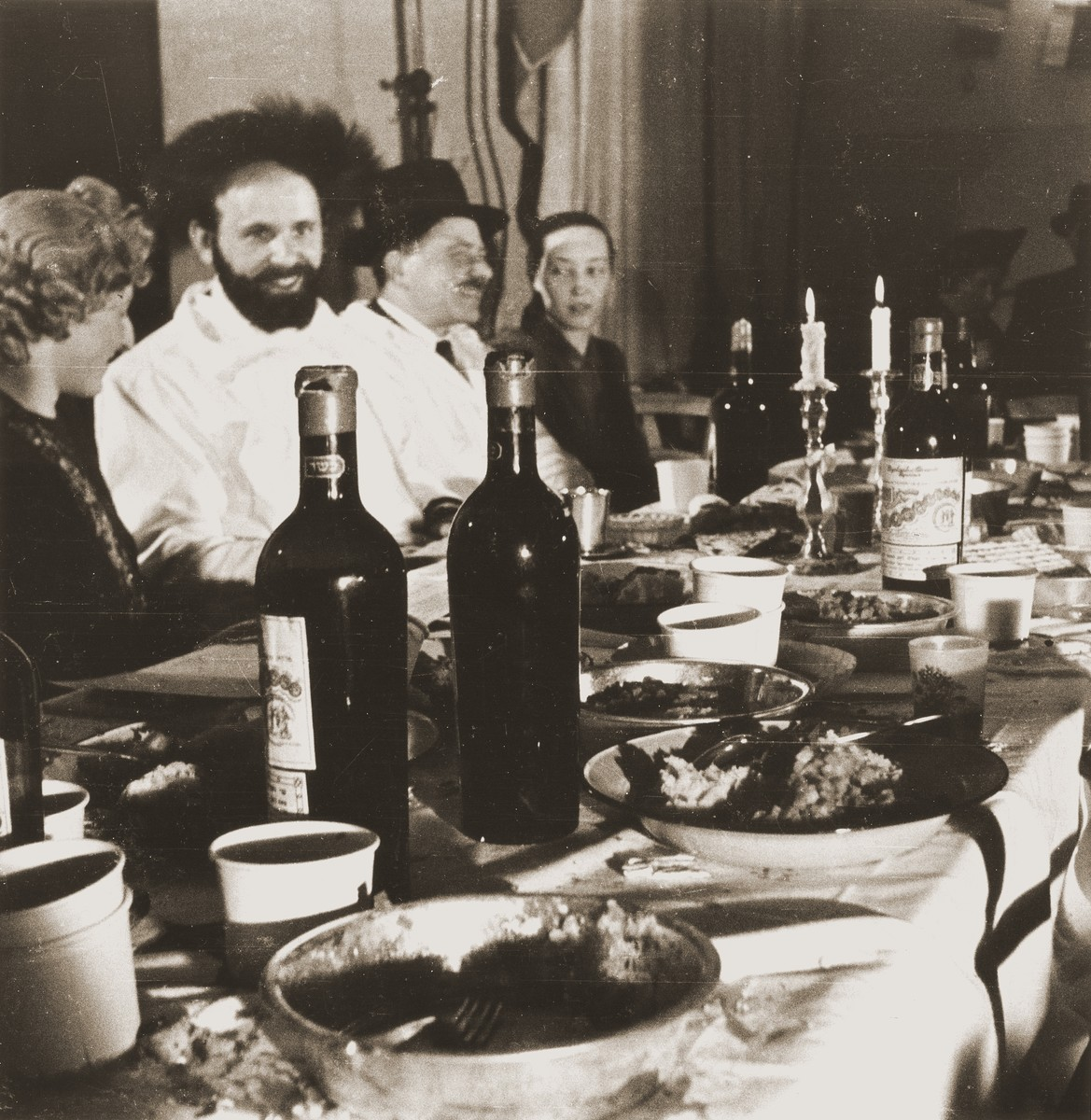 A seder held at the Rothschild Hospital DP camp and led by Rabbi Israel from Romania.