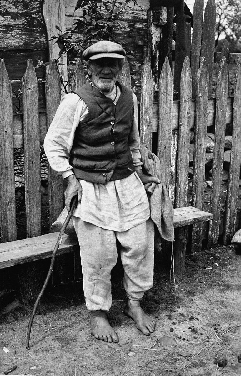 A Soviet peasant photographed by a German soldier shortly after the German invasion of the USSR.