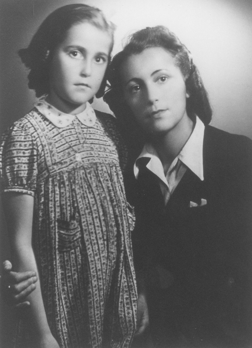 Portrait of a Czech Jewish mother and daughter.   Pictured are Marta (Mautnerova) Pekova and her daughter, Alena.