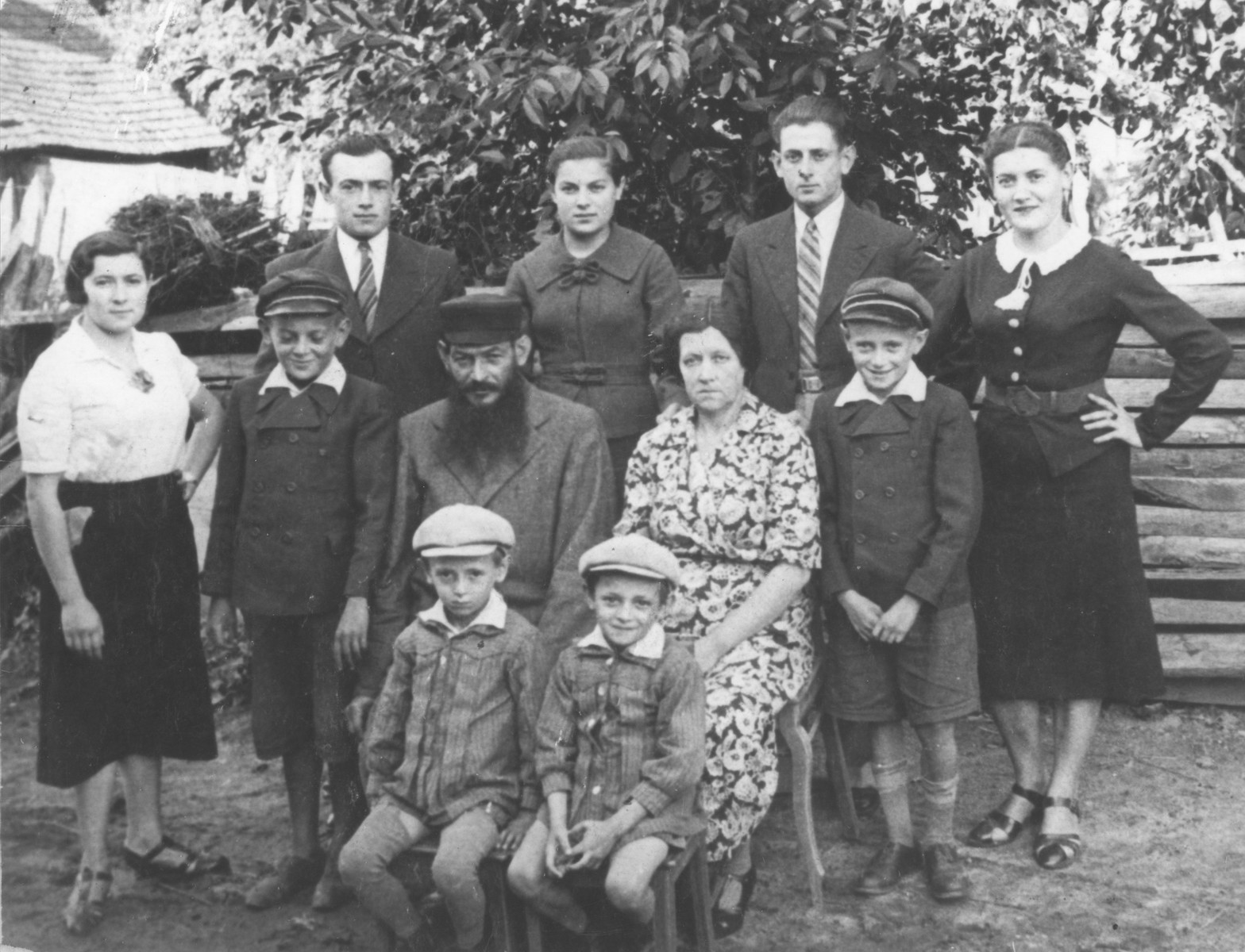 Group portrait of members of the Kaplan family in Sarnaki, Poland.