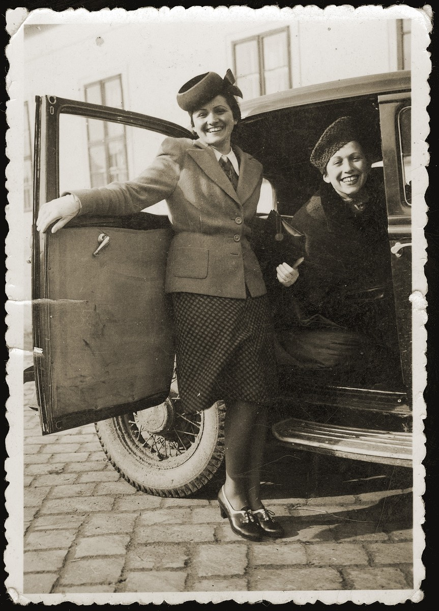 Miriam Schwarcz (right), poses with her sister, Lilly, in a car near their home in Komarno.