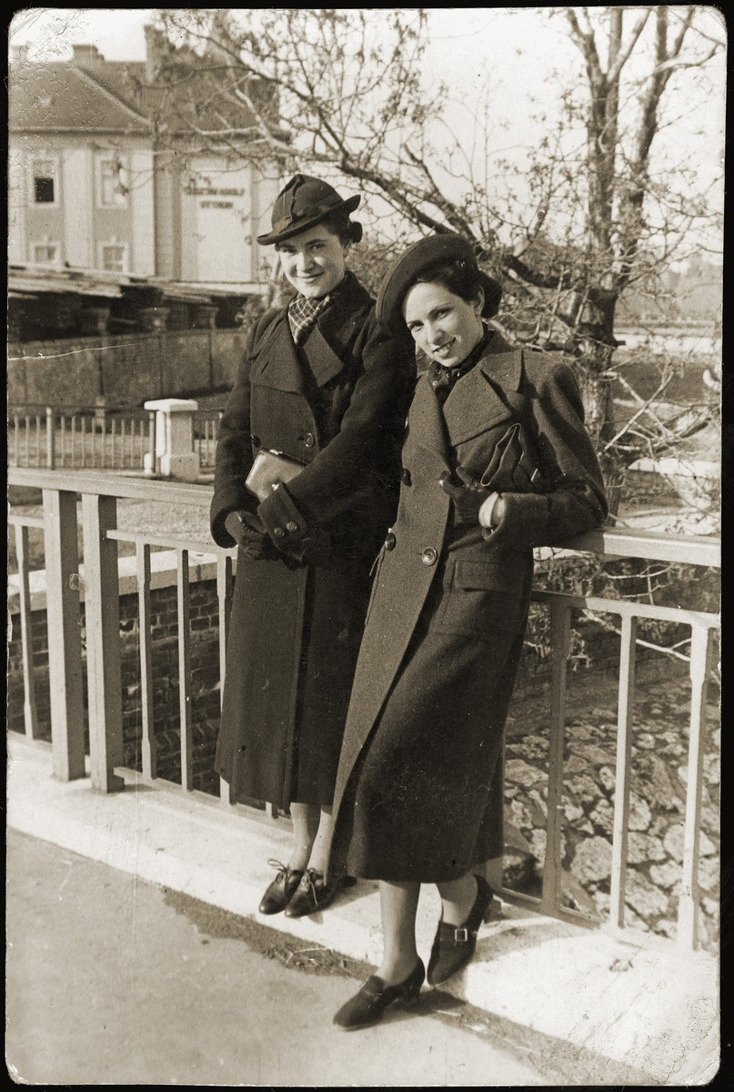 The donor's sister, Aranka Schwarcz (right), with a friend in Budapest.