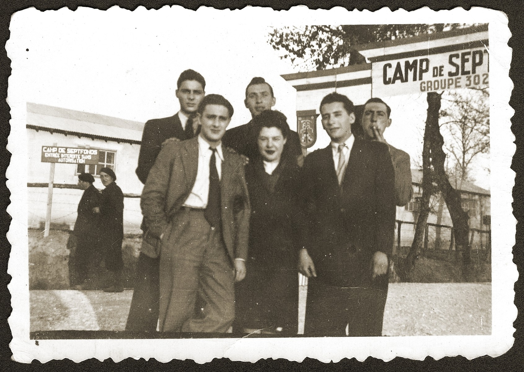 Friends visit Armand Rubinsztejn, first row, right, at labor camp Septfonds.