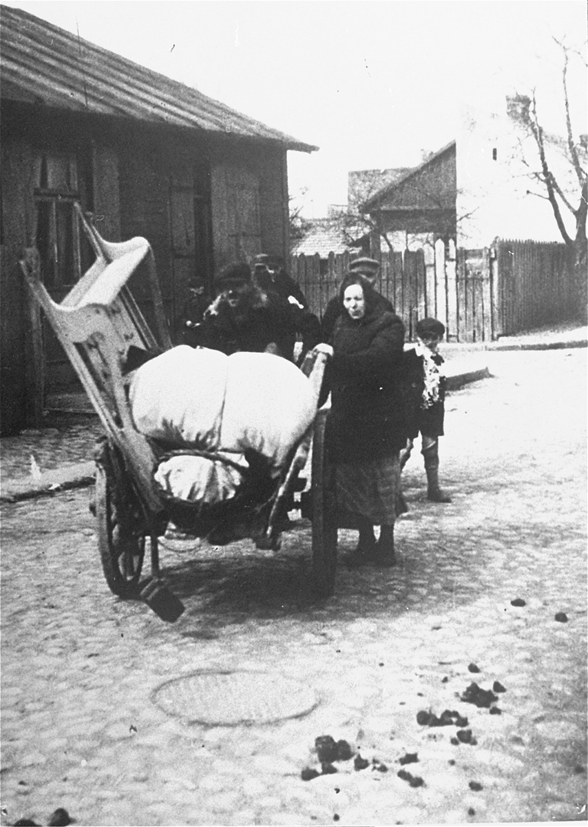 Jews forced into a small ghetto at Glinice in Radom.
