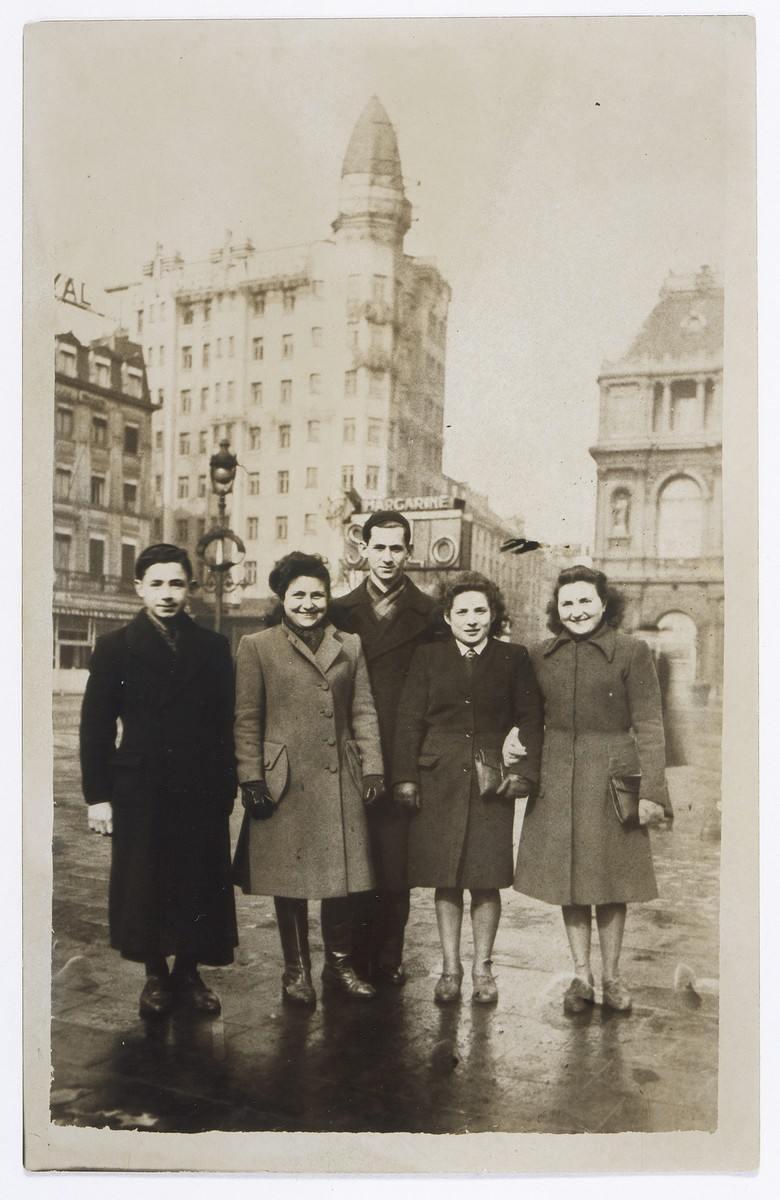 Regina Rotenberg (now Wolbrom) poses with friends the year she was forced to go into hiding.