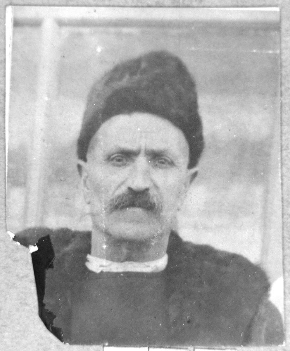 Portrait of Avram Nissan.  He was a milkman.  He lived at Ferisovatska 34 in Bitola.