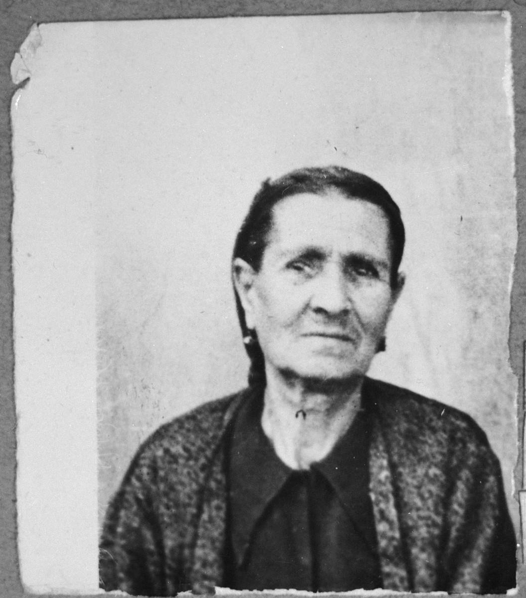 Portrait of Ester Pardo, wife of Yuda Pardo.  She lived at Dalmatinska 55 in Bitola.