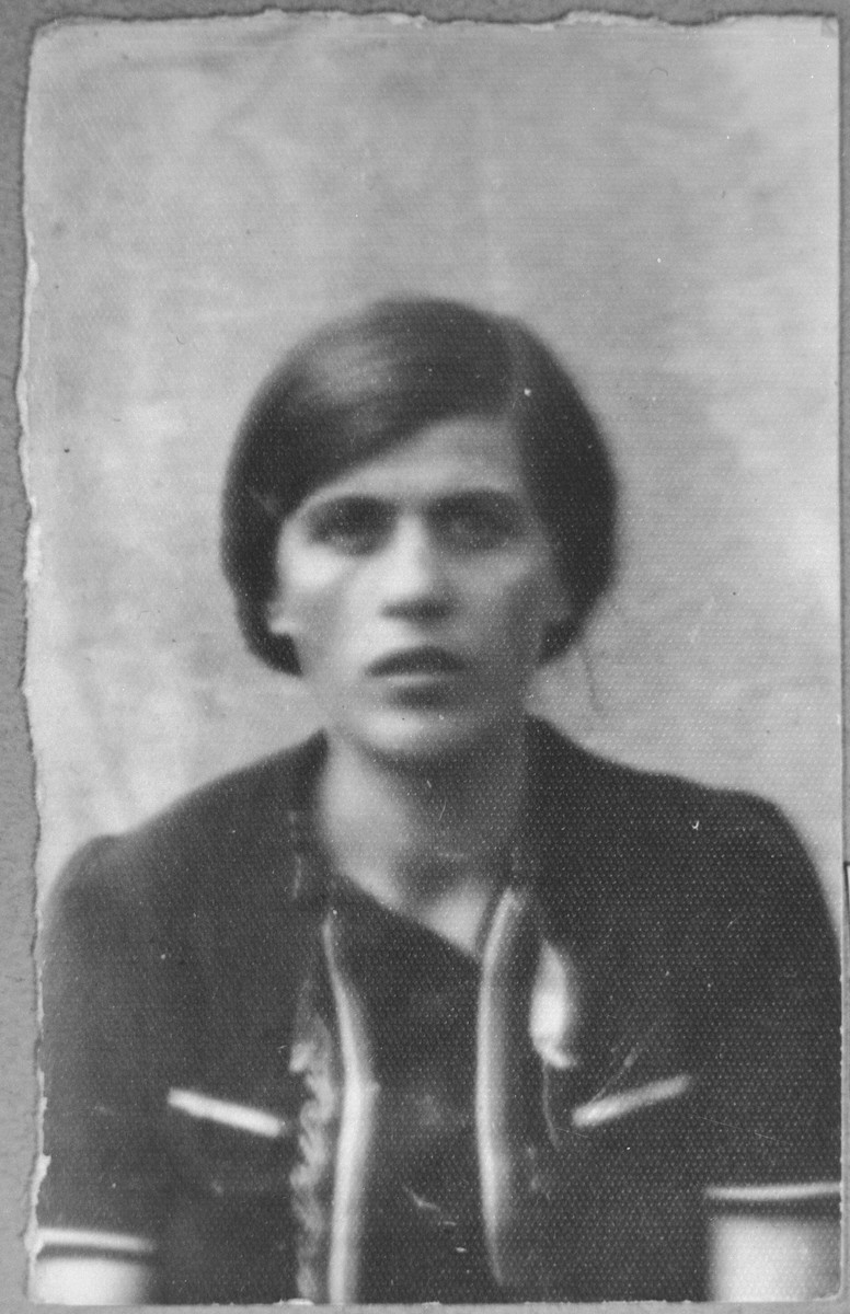 Portrait of Juli Nissan, daughter of Mushon Nissan.  She lived at Zvornitska 5 in Bitola.