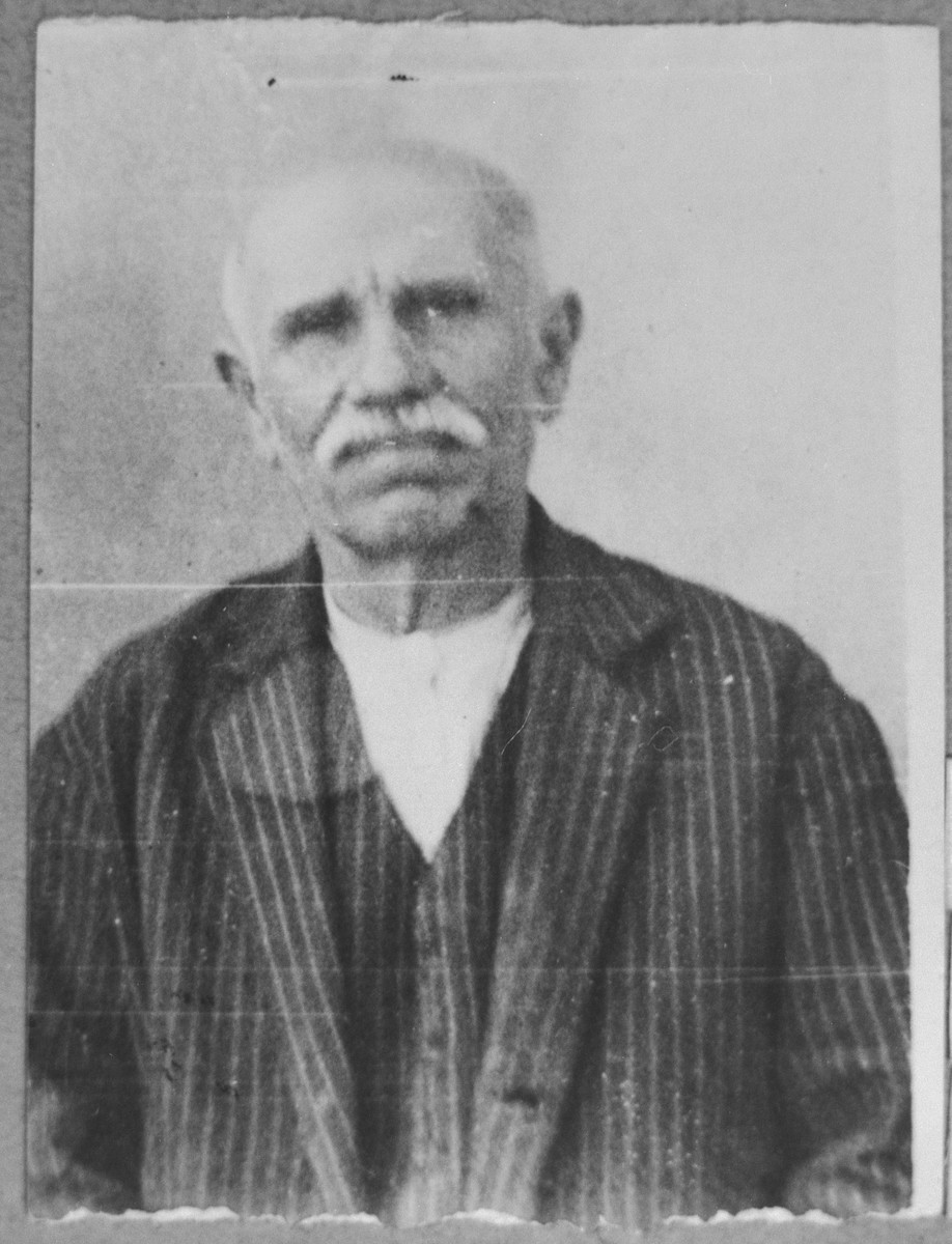Portrait of Haim Nachmias.  He was a miller.  He lived at Drinska 44 in Bitola.