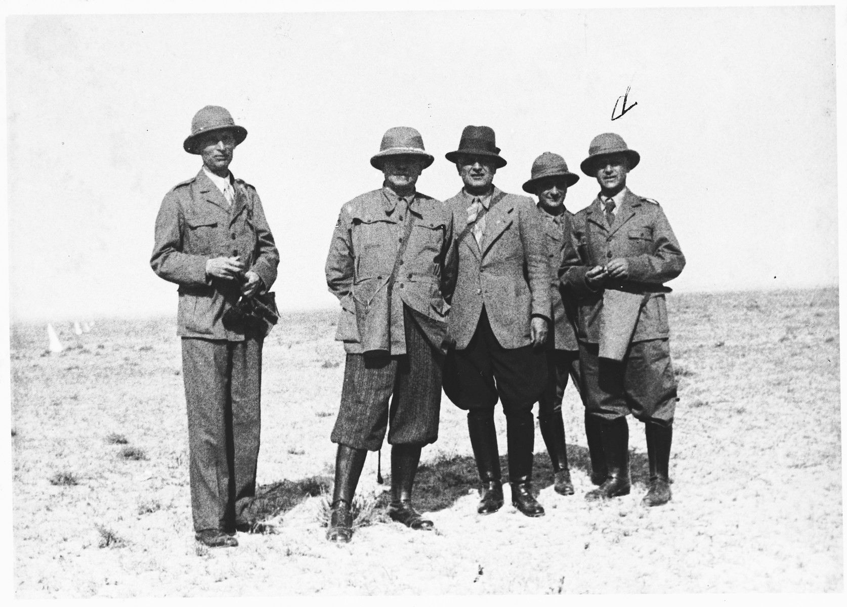 An Italian military commission visits Libya.  Pictured on the right is Aldo Foa, a Jewish scientific officer.
