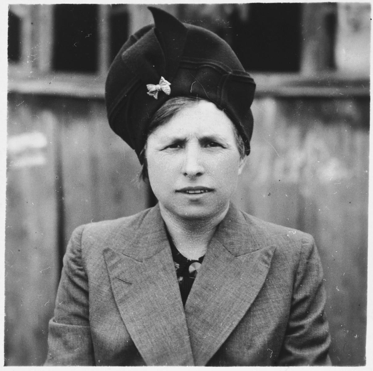Portrait of a Jewish woman in Bilki.  Pictured is Bella (Weisz) Mermelstein.