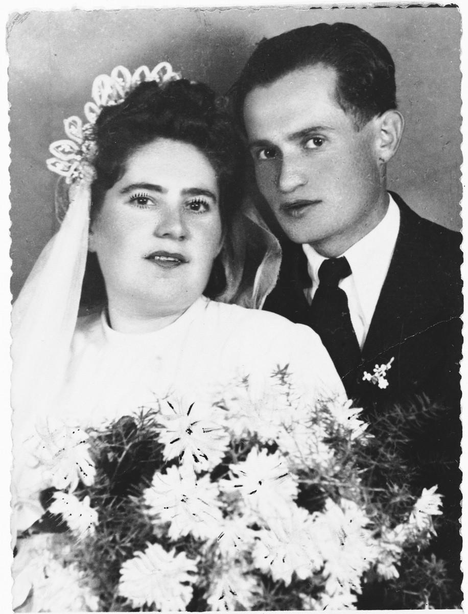 Wedding portrait of Olga and Aladar Grosz.