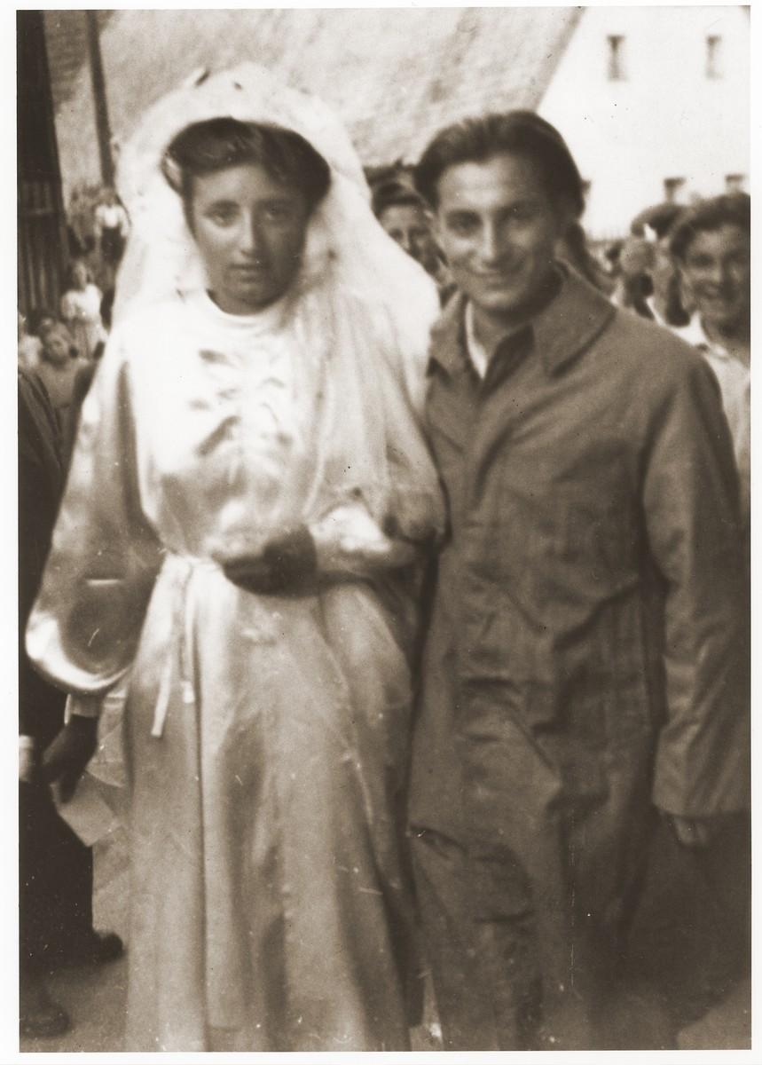 Maria and David Bajtner are wed in Kibbutz Prebitz.