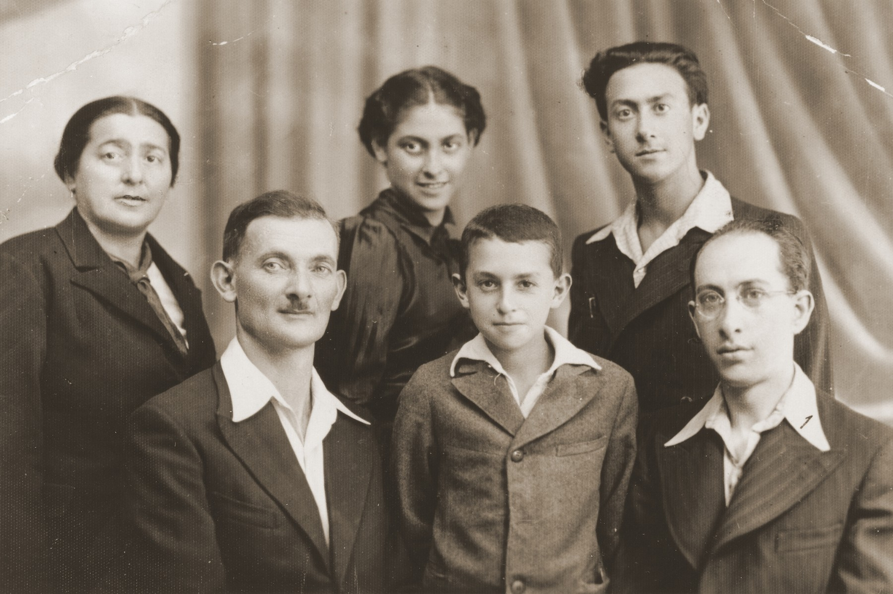 Studio portrait of members of the Holstein family in Zyrardow, Poland.