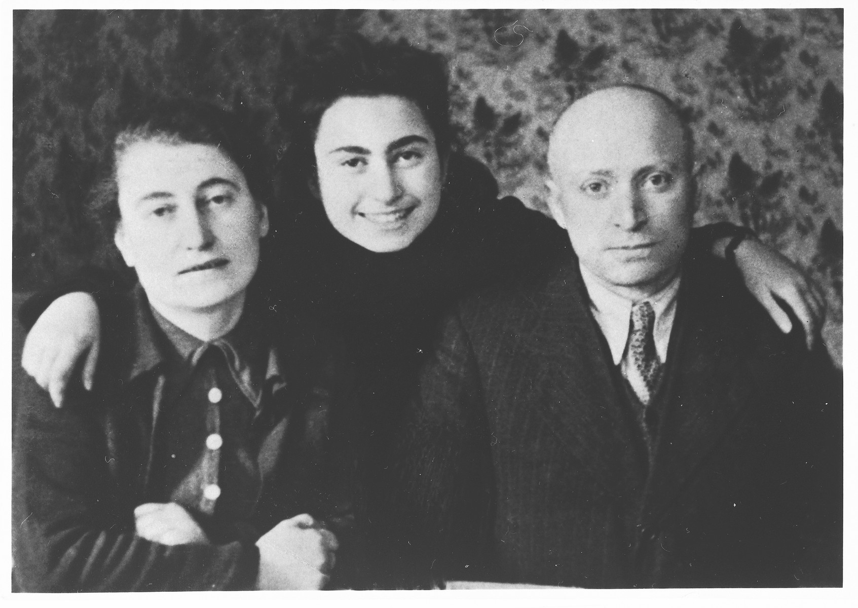 Portrait of the Garber family in the Warsaw ghetto.  Pictured are Aron, Bronia and Frajda Garber.