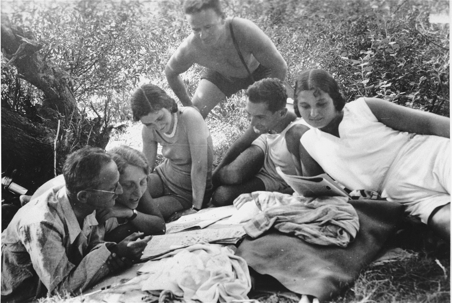 Members of the Pick family enjoy an outing in the Dobogoko mountains near Budapest.    Pictured from left to right are: unknown, Gita Pick, Erzsebet Pick, Laszlo Pick, Jolan Pick.  Standing behind them is Jozsef Szalai.