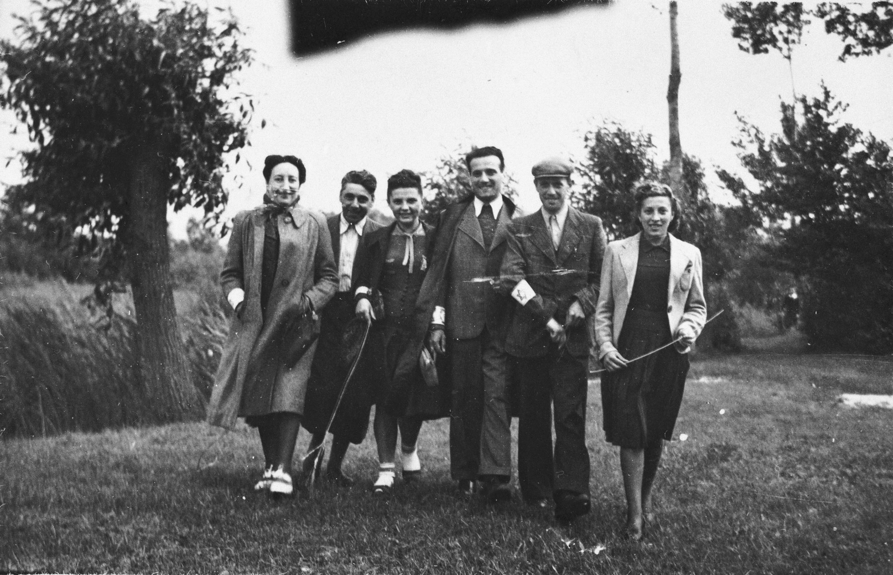 Members of the Jewish Council in Chmielnik journey to Wislica to attend a meeting.  Bluma Kleinhandler is pictured third from the right.