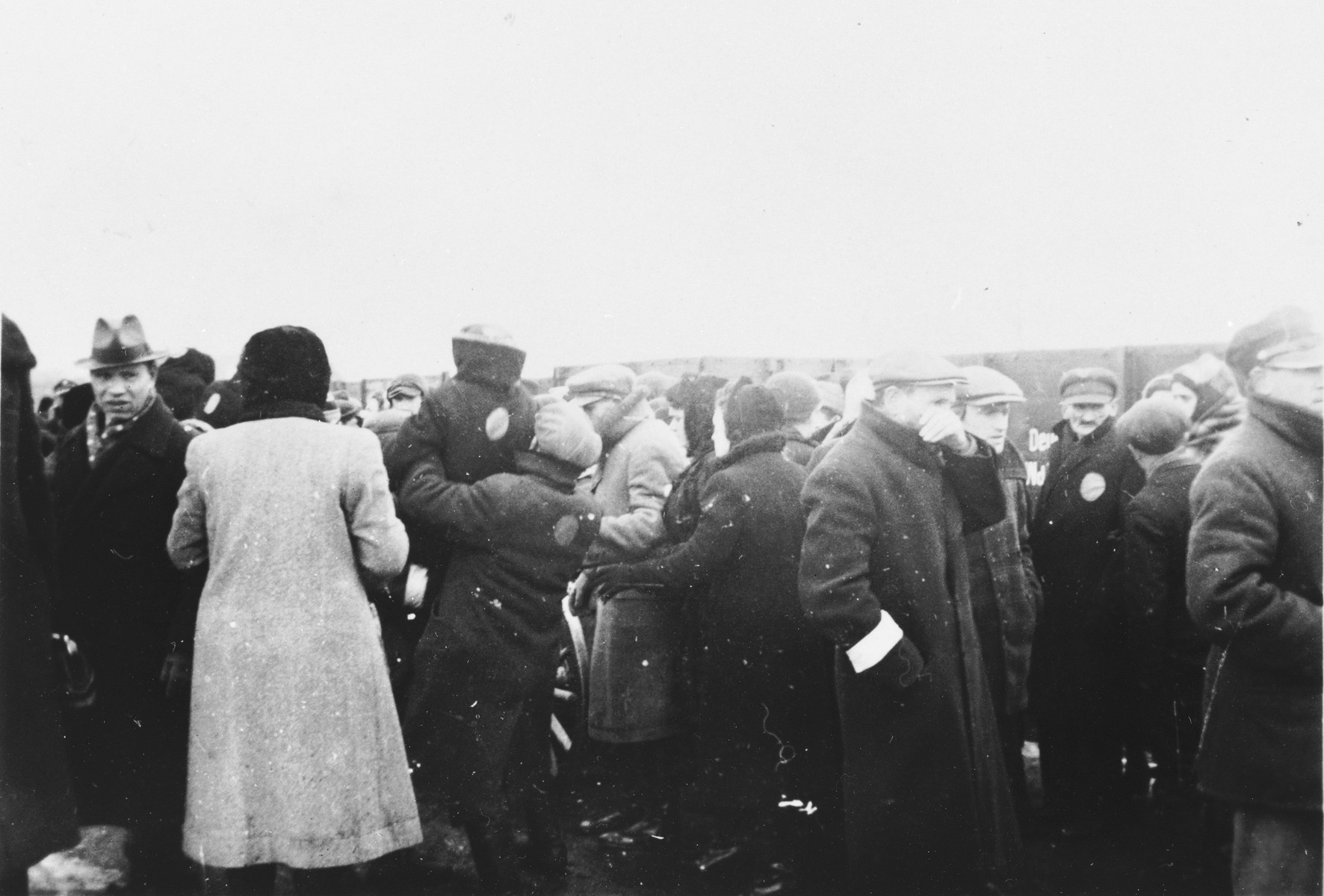 Jews who have been expelled from the town of Plock are resettled in Chmielnik.