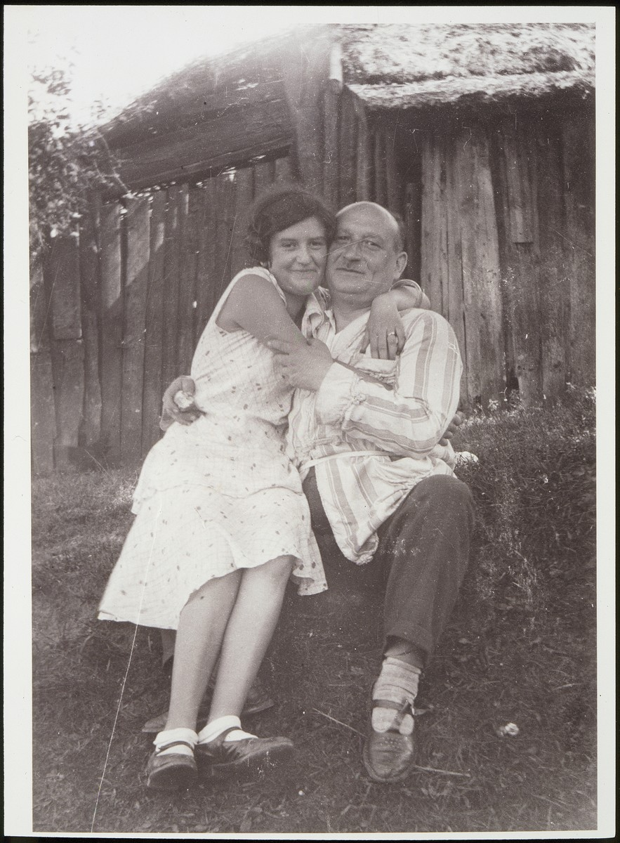 Hillel Saposnikow hugs his daughter Nachama.   Both were murdered during the Holocaust.