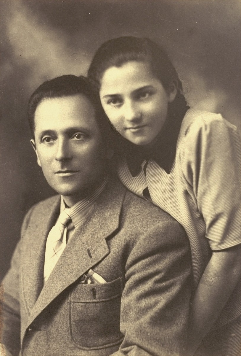 Portrait of a Jewish father and daughter in Wegrow, Poland. Pictured are Abraham Spielman and his daughter, Zipora.    Spielman's first wife, Briana, daughter Zipora, and son Aloenek were killed in Poland.  Zipora died in the Ciechanowiec ghetto. Abraham survived and later immigrated to Israel.