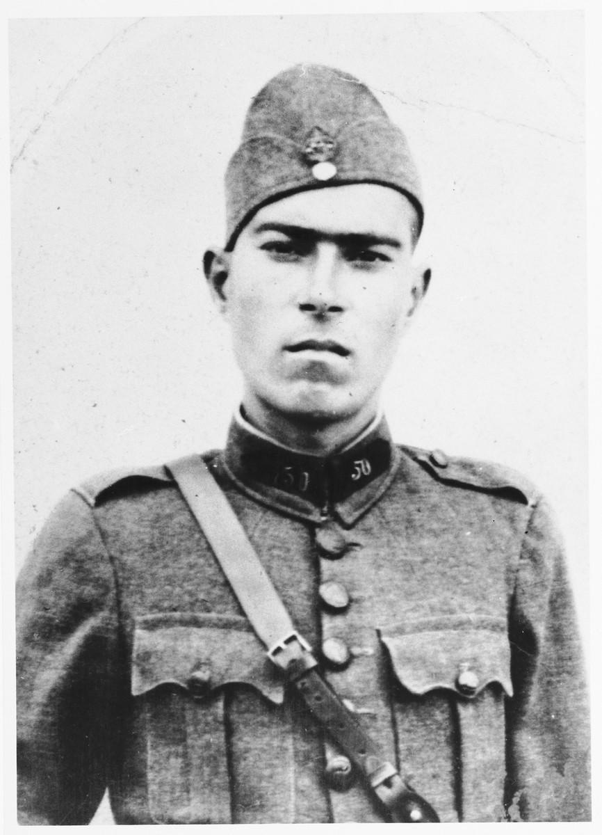 Portrait of Salomon Saltiel, a Jewish soldier in the Greek army.