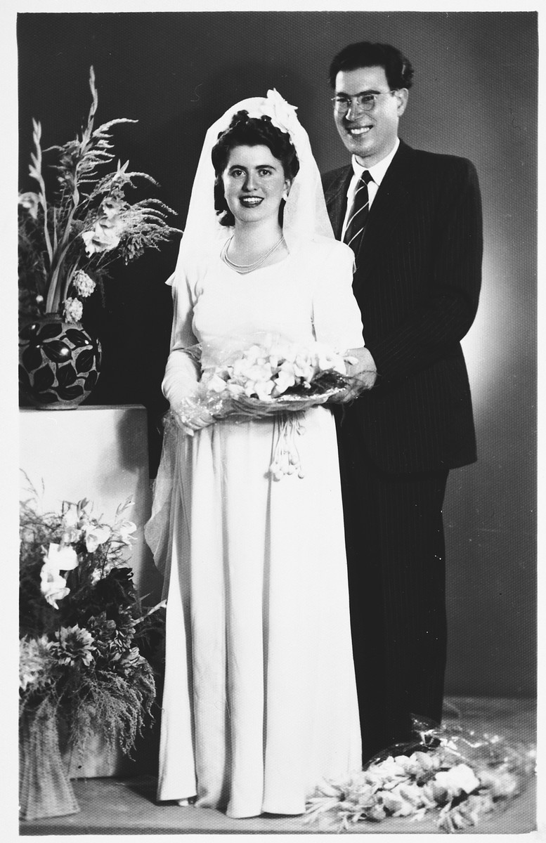 Wedding portrait of a Jewish bride and groom in Salonika.  Pictured are Dora Levy and Salomon Saltiel.