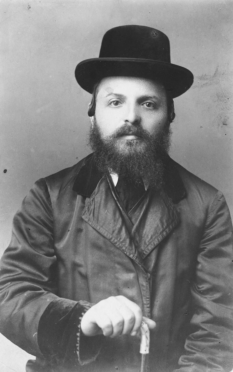 Studio portrait of Rabbi Heschil Gottesman of Drohobycz.