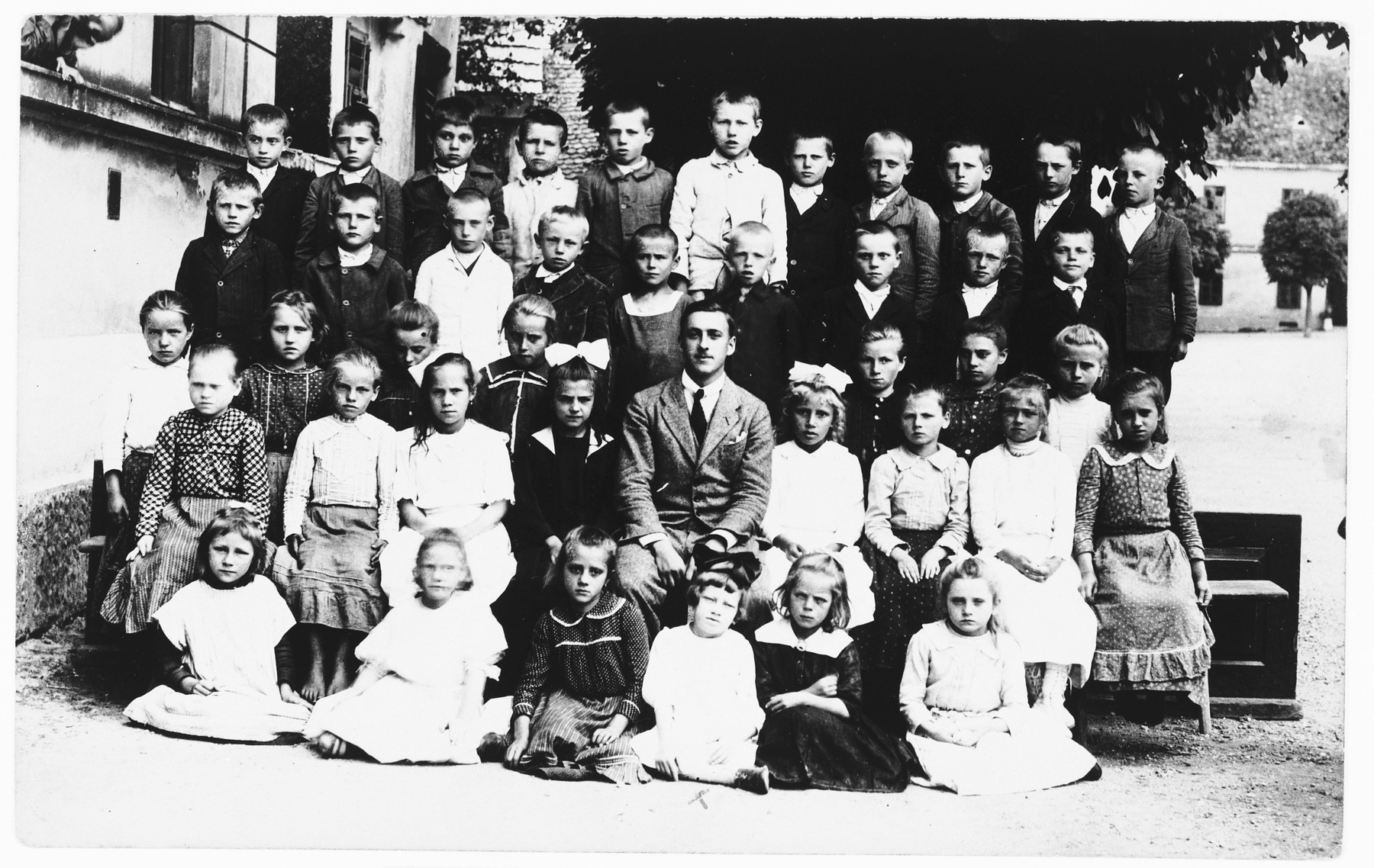 Group portrait of students in the public school in Ludbreg, Croatia.  Among those pictured is Silva Deutsch.