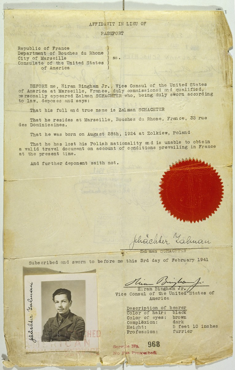 Affidavit in lieu of passport issued to Jewish refugee Zalman Schachter by Hiram Bingham, Vice Consul at the US consulate in Marseilles.