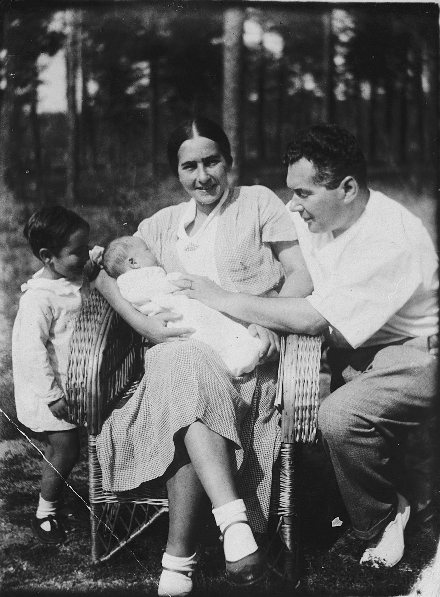 The Libo family poses with their newborn daughter.  Pictured from left to right are Luba, Vera, Sophie and Alexander Libo.