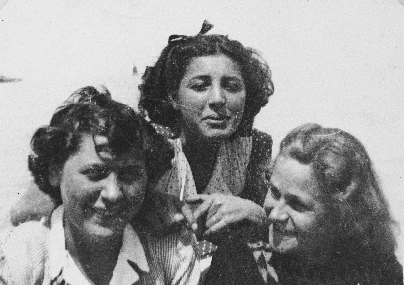 Three young women at the Migdalor hachshara, a maritime Zionist collective in Fano, Italy.  Pictured is Karola Slomovits (left) with two Italian friends, Narda and Teresa Picinetti.