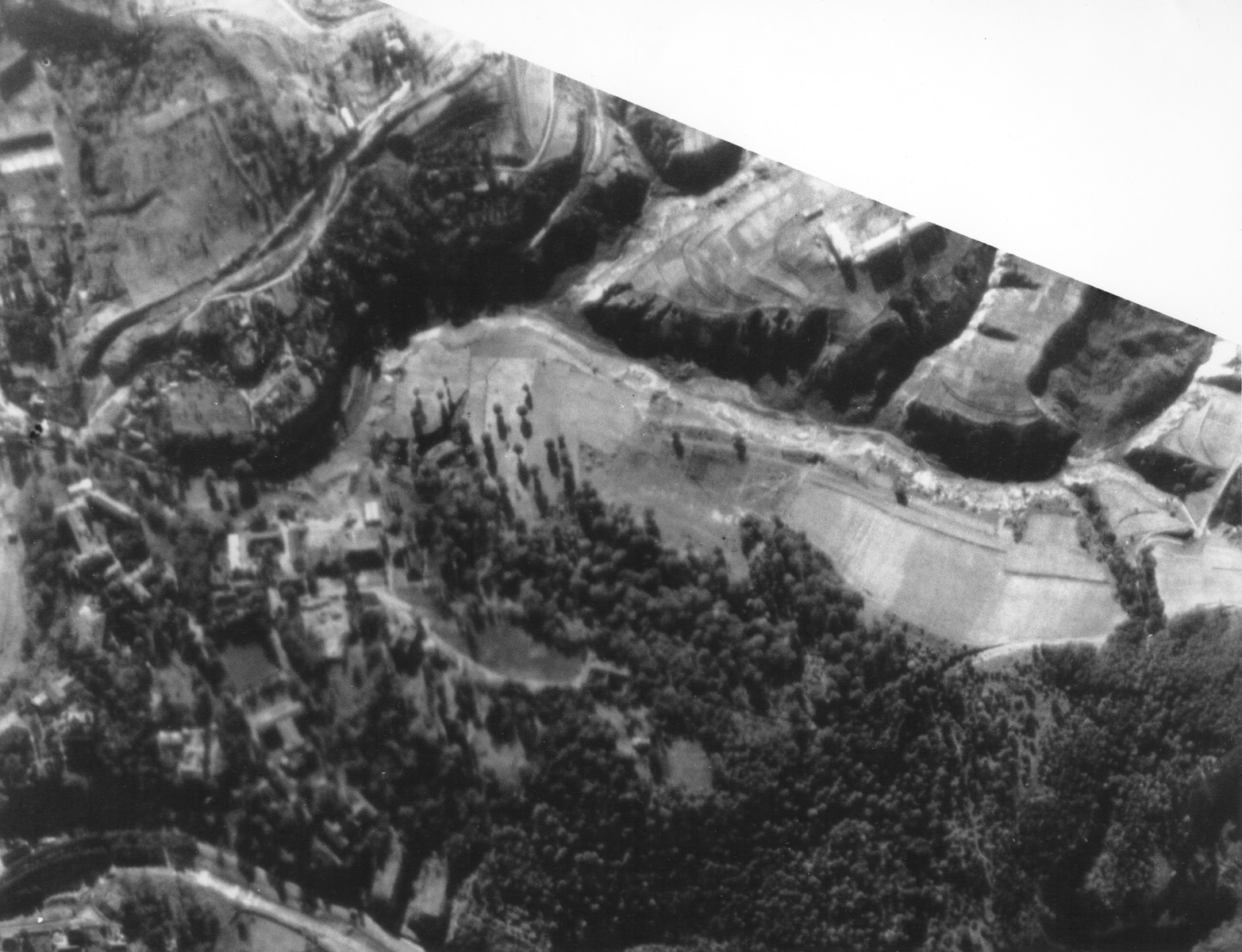 An aerial photograph of the northeastern section of the Babi Yar ravine taken by the German air force.  [Oversized Print]