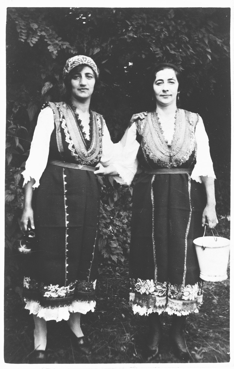 Two Jewish sisters pose in traditional Bulgarian dress.  Pictured are Lisa and Berta Yasharoff, the sisters of Joseph Yasharoff.