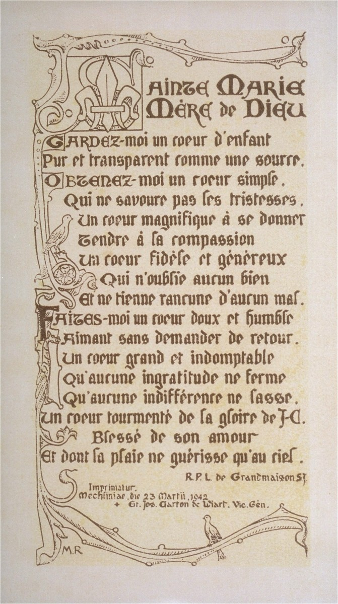 Autographed devotional card found in the First Communion prayerbook of Sara Boucart, a Belgian-Jewish child in hiding at the Soeurs de Sainte Marie convent school in Wezembeek-Oppem near Brussels.