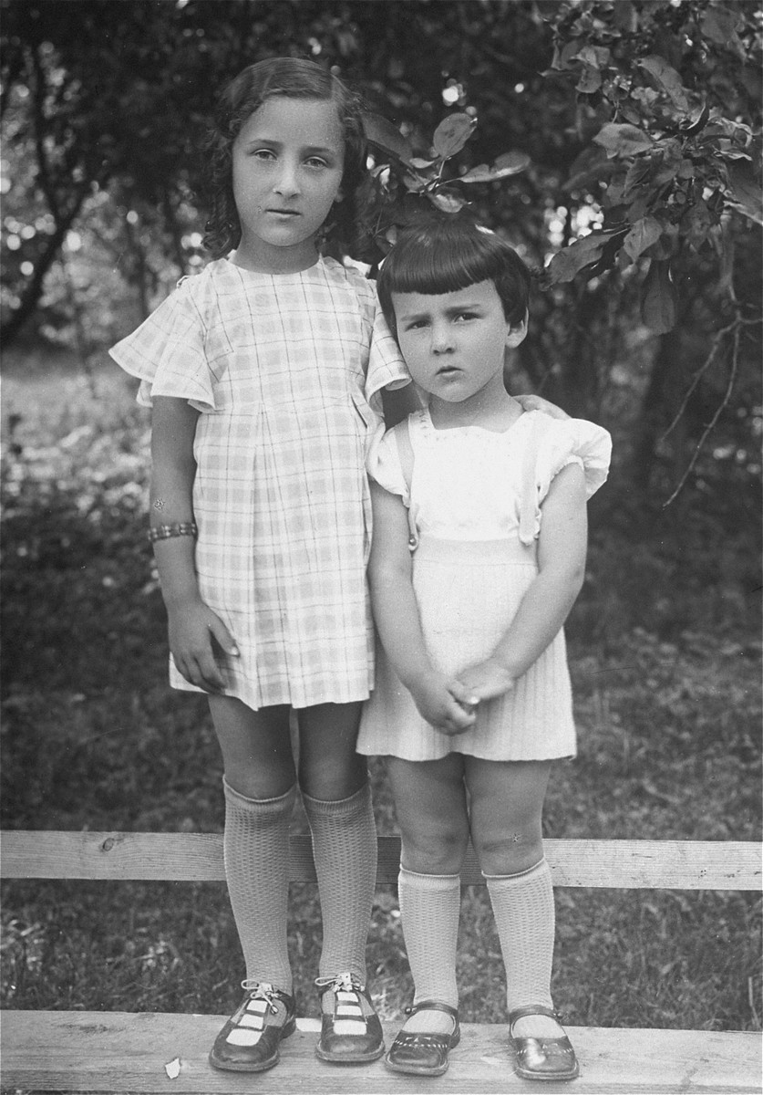 Portrait of two little Jewish girls in the town of Somiliske.  Pictured are Hadasa and Chana Abramovicz, the little cousins of the donor's father, Eliezer Kaplan.