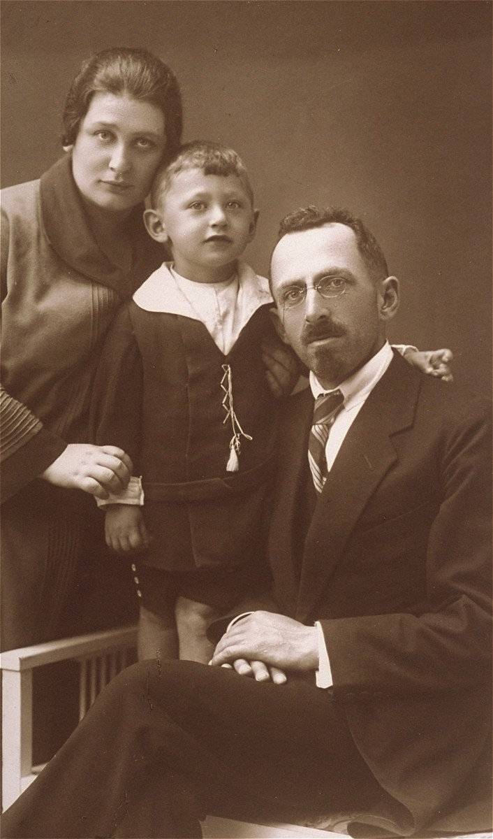 Studio portrait of a Jewish family in Lithuania. Pictured are the cousins of the donor's mother.