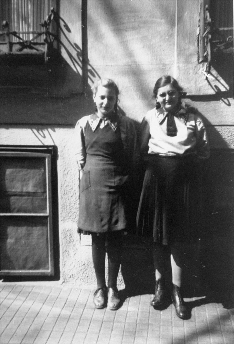 Dorottya (Dolly) Dezsoefi, right, and twin sister, Ida Marianne (Mari), left, at the convent school where they were hidden for two years.