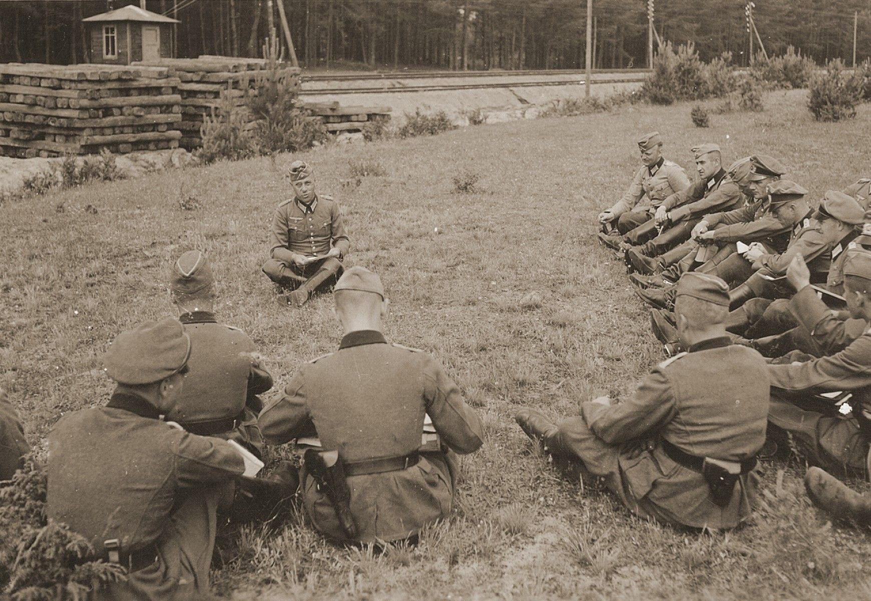 A German Colonel briefs his staff on the Eastern Front.